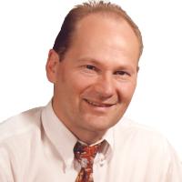 Ein Portraitaufnahme von Herr Koch.
